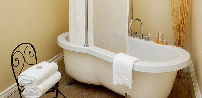 Luxury Bathroom - The Cheltenham Townhouse - Cheltenham Hotel