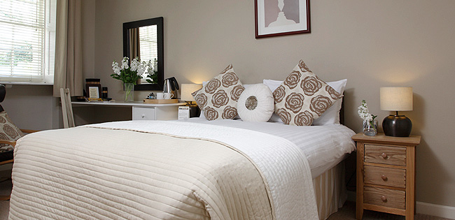 Economy Room - The Cheltenham Townhouse - Cheltenham Hotel