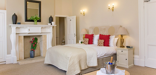 Luxury Room - The Cheltenham Townhouse - Cheltenham Hotel